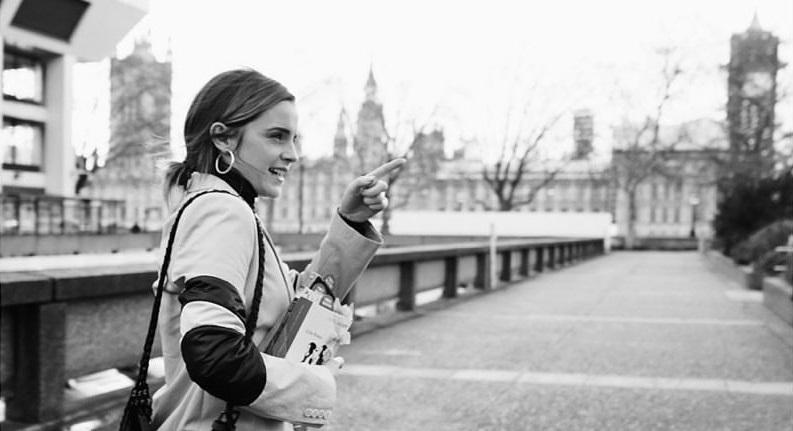 Emma Watson regaló libros en la calle