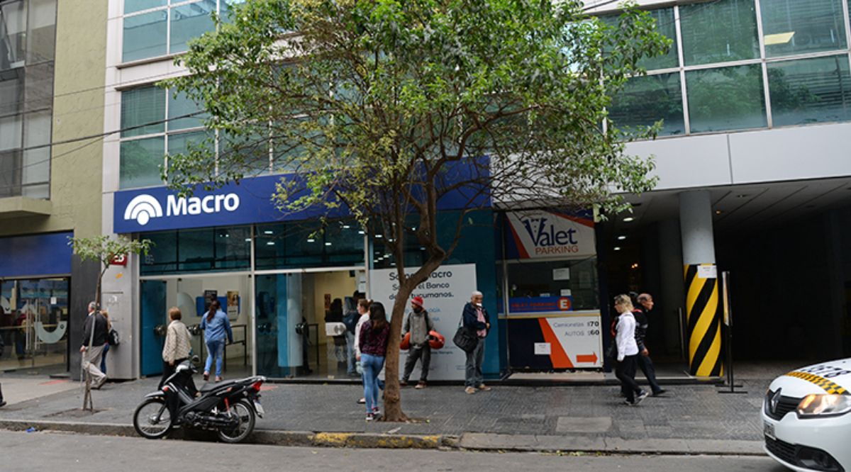 Hoy inicia el pago del sueldo a estatales en Tucumán