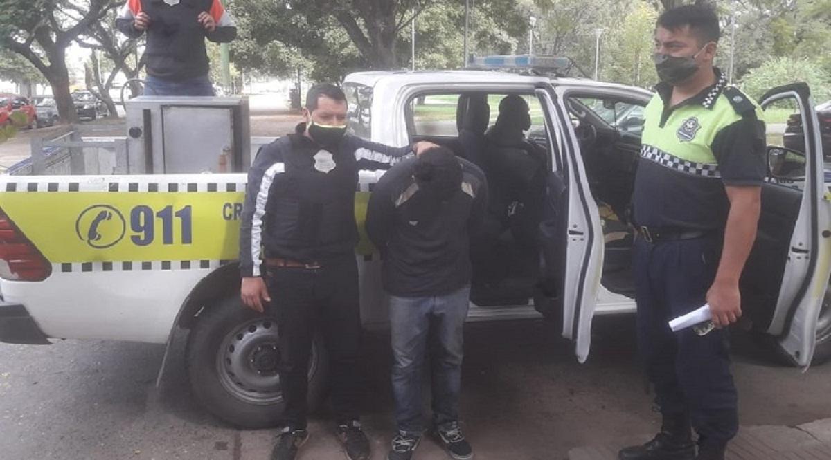 Policía de la Comisaría 7ma aprehendió a un reconocido asaltante.