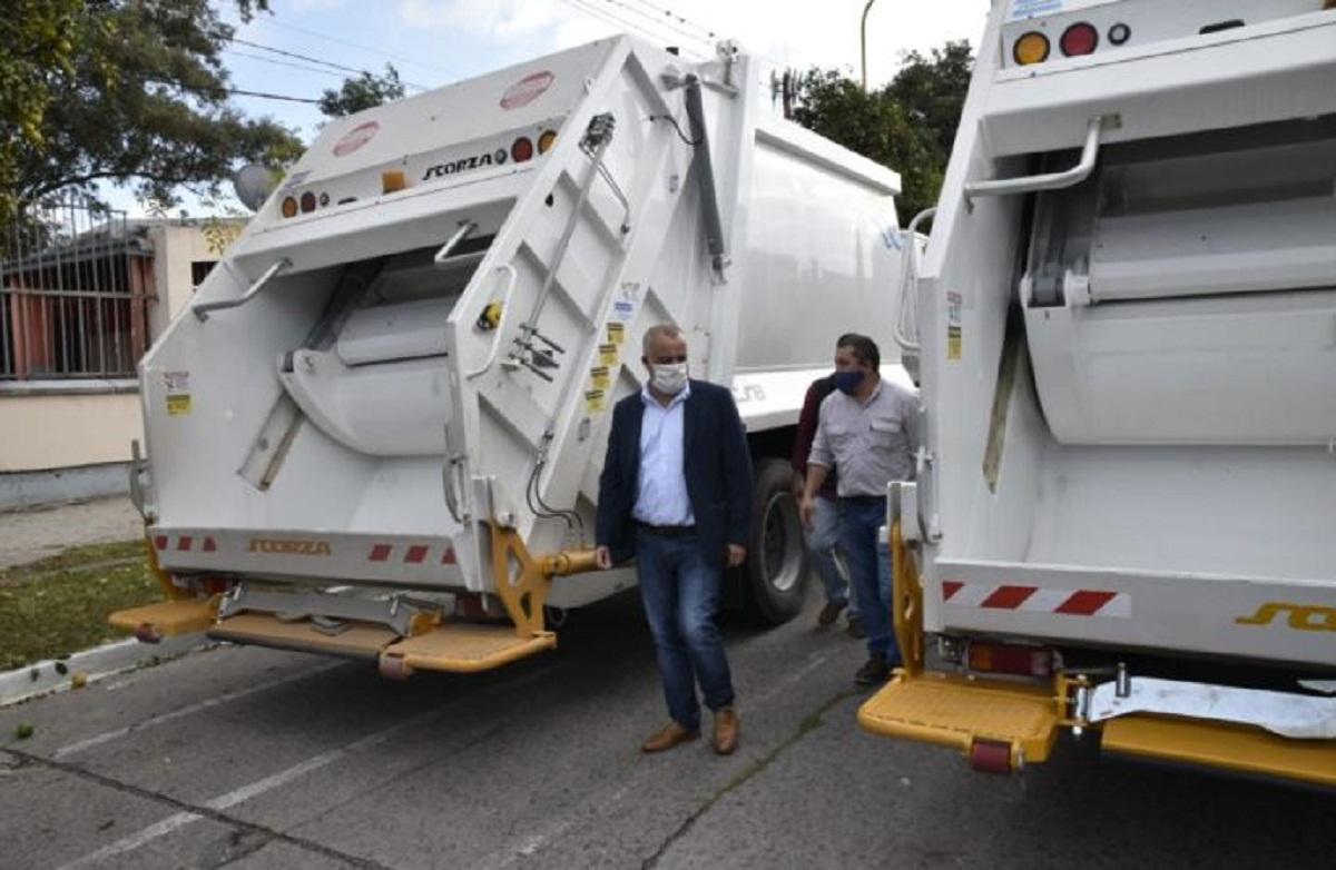 Noguera incorpora al municipio dos recolectores de residuos.