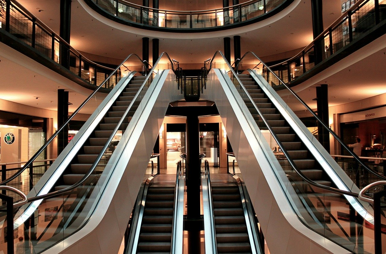 Cuarentena: Vuelven shoppings y restaurantes
