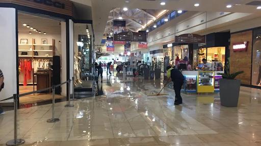 Reapertura de galerías comerciales y shoppings.
