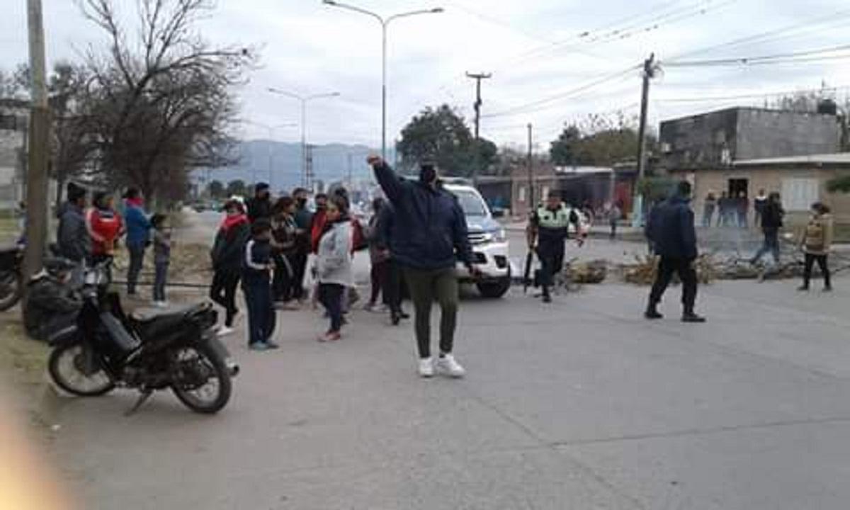 Reabren las ferias después de los disturbios.