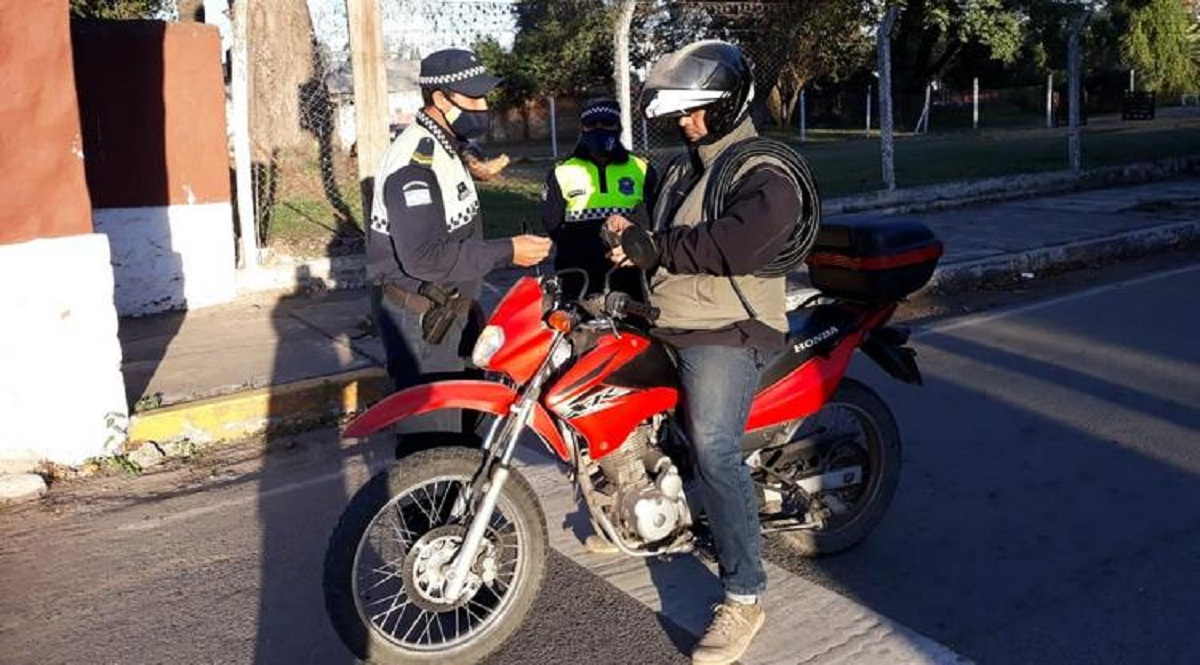 Polémica ley del oficialismo contra los motoarrebatos.